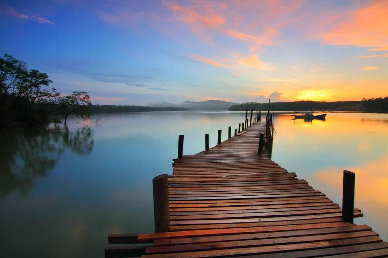 Domek nad jeziorem – Rentynówka cud natury